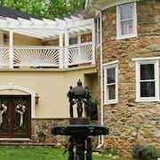 Stone Manor Bed and Breakfast