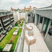 Avesa Luxury Apartments by Wawel Castle
