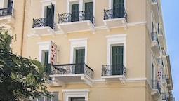 Elikon Hotel