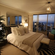 Gold Coast Amor'e Luxury Sub Penthouse