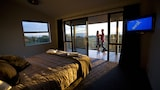 Luxury Seaside Apartments - Greymouth Hotels