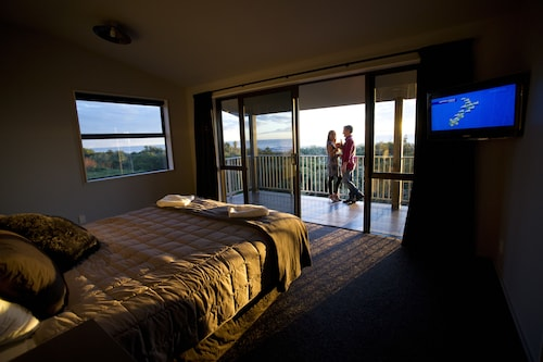 Greymouth Motels & Seaview Apartments