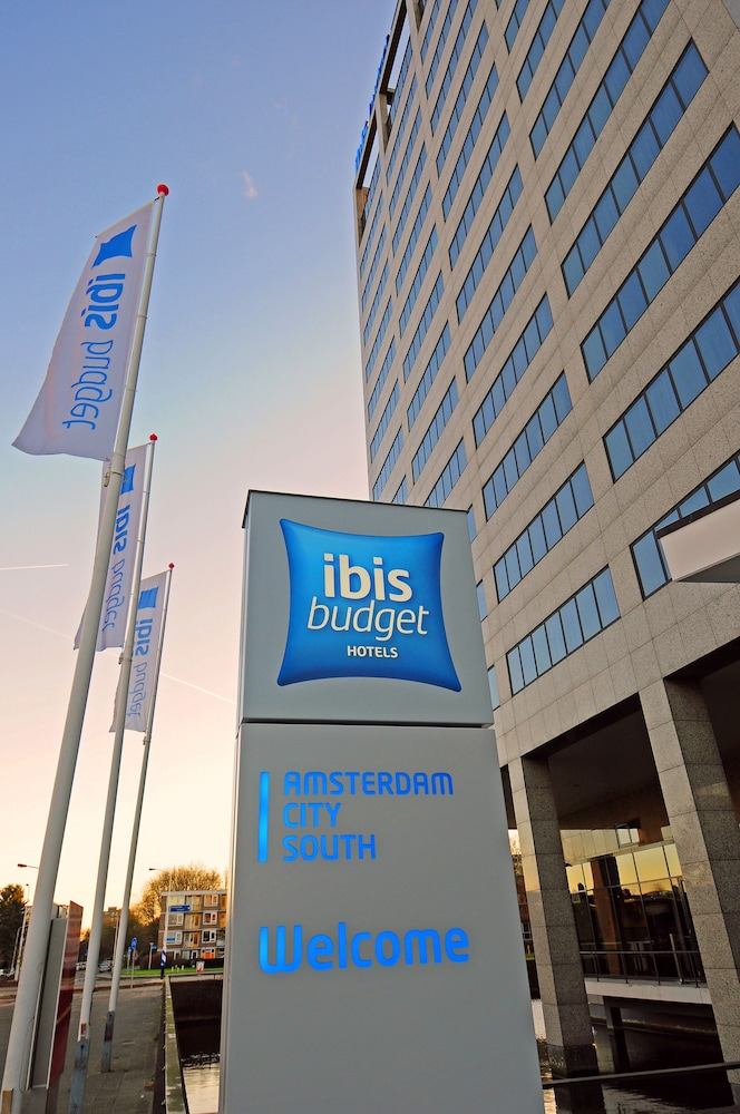 Ibis budget amsterdam city south reviews photos rates for Ibis hotel amsterdam