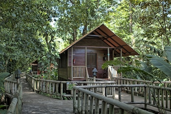 Aninga Lodge