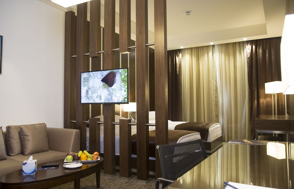 Sulaf luxury hotel in amman cheap hotel deals rates for Cheap luxury hotels