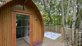 RiverBeds Lodges with Hot Tubs - Ballachulish Hotels