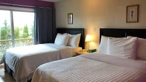 Frette Italian sheets, premium bedding, pillowtop beds, blackout drapes