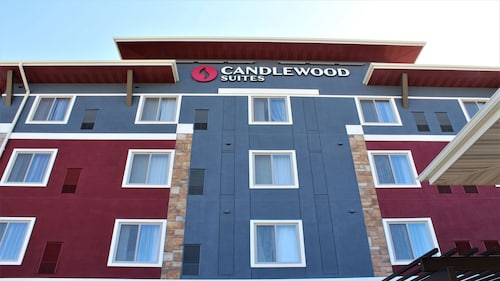 Candlewood Suites Fargo South- Medical Center