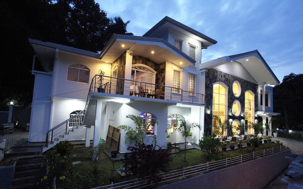 Front of Property - Evening/Night, Ayaana Boutique Hotel