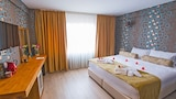 Kuzen Otel - Adults Only - Istanbul Hotels