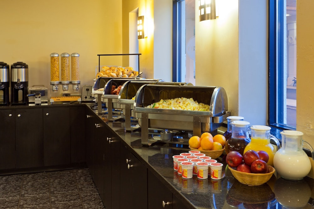 Breakfast buffet, Best Western Plus New Orleans Airport Hotel