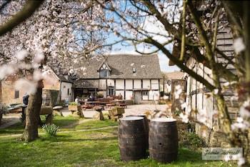 Bretforton, Evesham, Worcestershire, WR11 7JE, England.