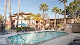 Sunshine Suites at Mid-City - San Diego Hotels