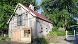 Lily Garden Bed and Breakfast - Harpers Ferry Hotels