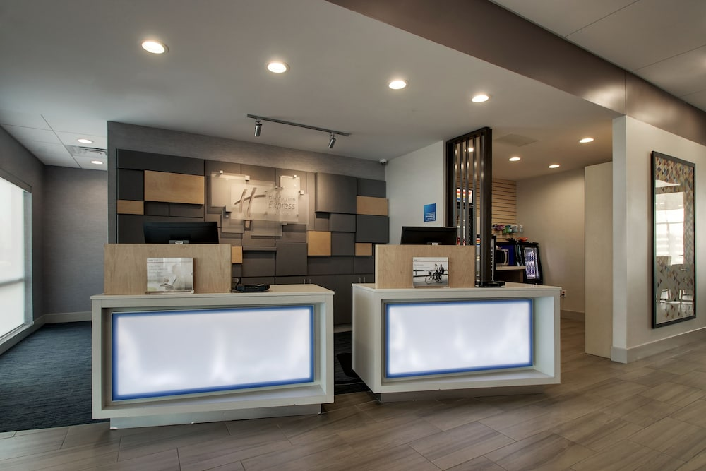 Reception, Holiday Inn Express & Suites Mount Vernon, an IHG Hotel