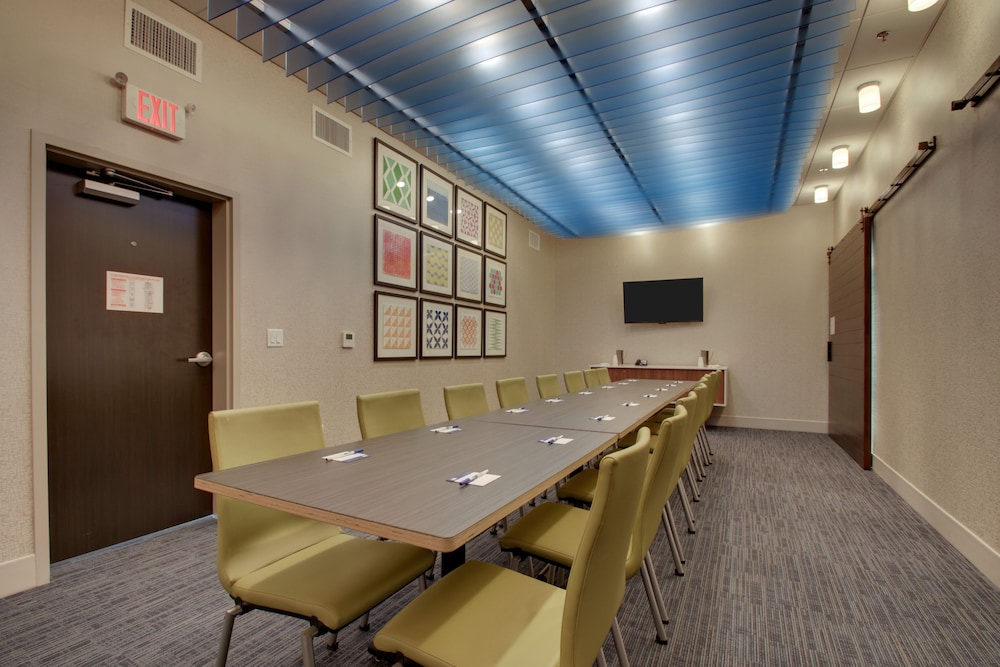 Meeting Facility, Holiday Inn Express & Suites Mount Vernon, an IHG Hotel
