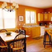 Mountain Modern 4 Bedroom Holiday Home By Pinon Vacation Rentals
