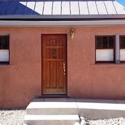 Scott s Downtown 1 Bedroom Holiday Home By Pinon Vacation Rentals