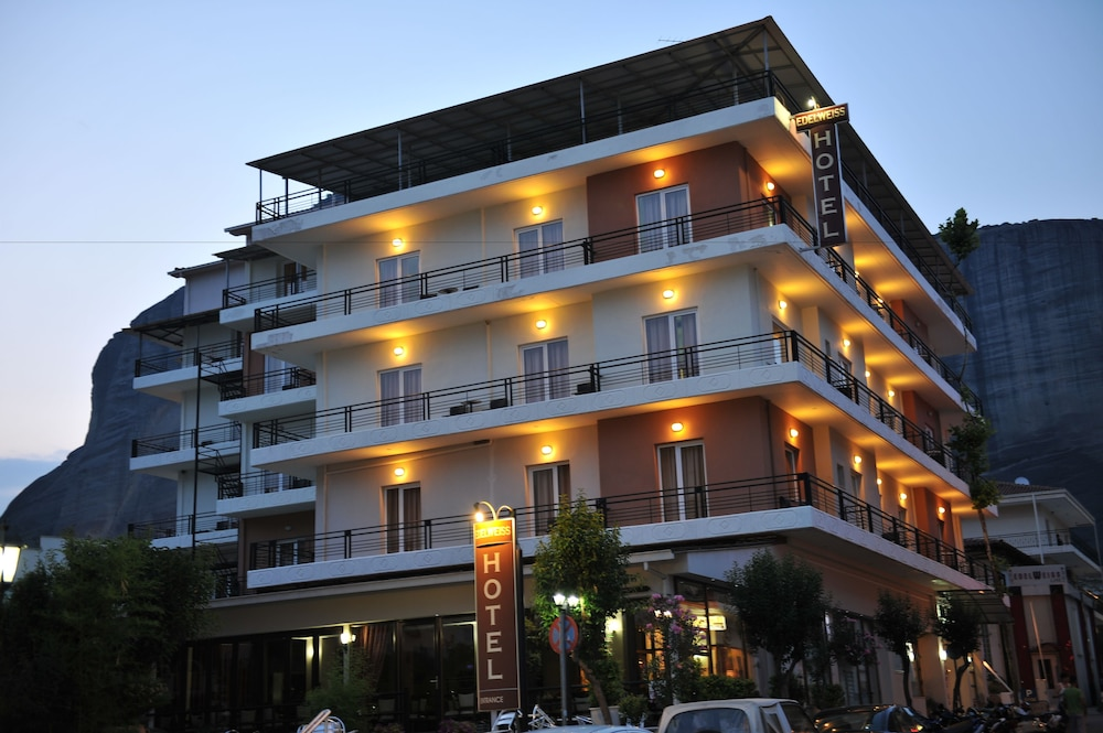 Front of Property - Evening/Night, Edelweiss Hotel