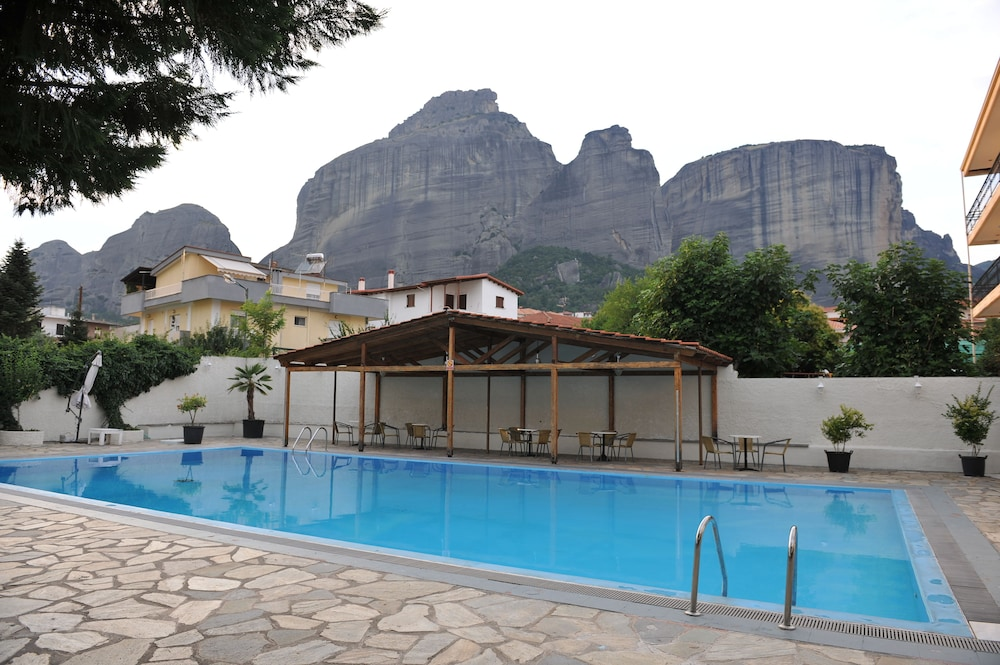 Outdoor Pool, Edelweiss Hotel