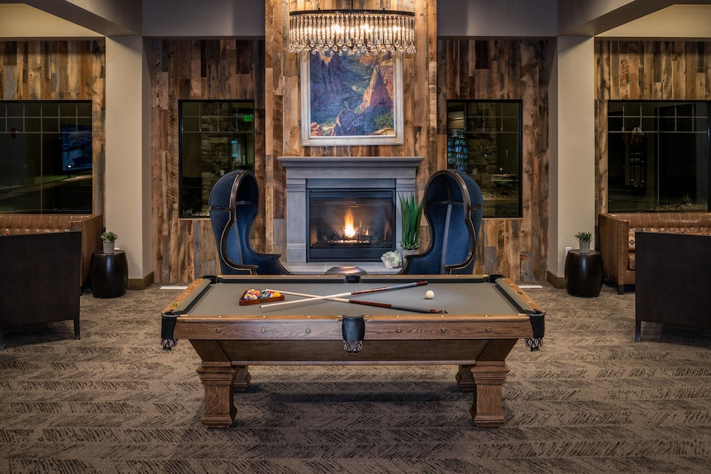 Game Room, SpringHill Suites by Marriott Springdale Zion National Park