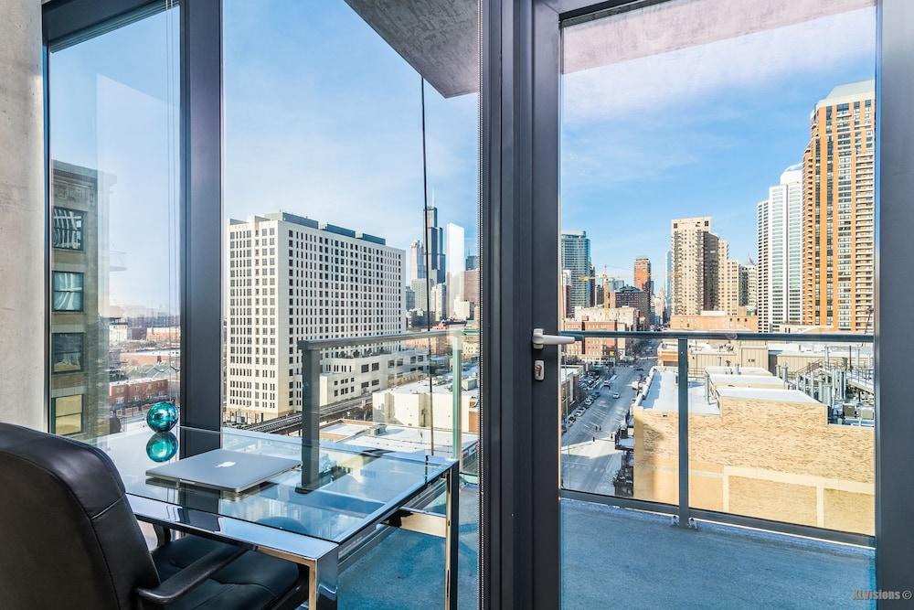 furnished suites in south loop chicago 2019 room prices. Black Bedroom Furniture Sets. Home Design Ideas