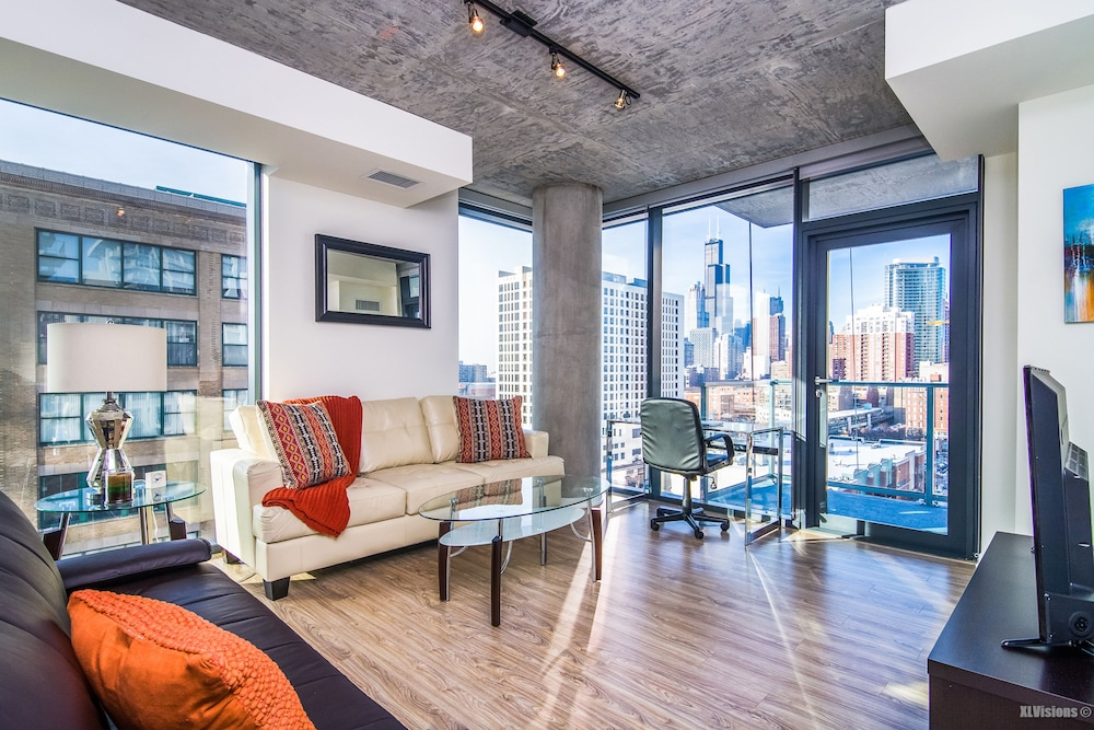 Furnished Suites in South Loop Chicago: 2019 Room Prices ...