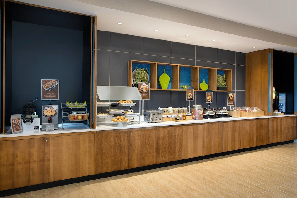 Breakfast Area, SpringHill Suites by Marriott Murray
