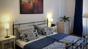 1 Schlafzimmer, Zimmersafe, Bügeleisen/Bügelbrett, kostenlose Babybetten