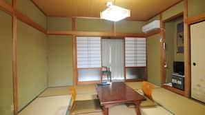 Daunenbettdecken, Zimmersafe, Verdunkelungsvorhänge, kostenloses WLAN