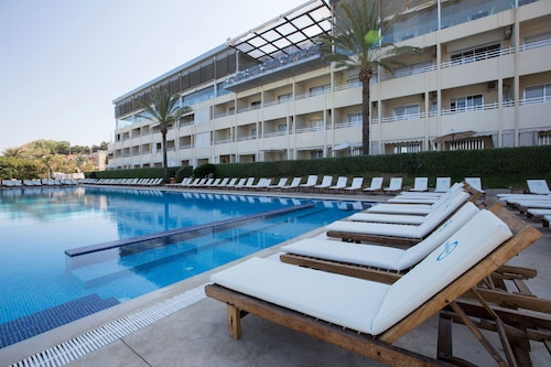 Ocean Blue Resort (LBN 16379309) photo