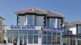 Marina Bay Hotel - Sandown Hotels
