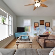 3BR 2BA Charming Remodeled Austin House by RedAwning