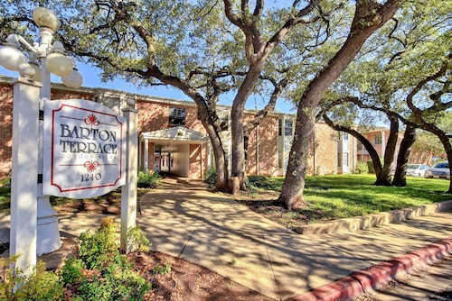 Great Place to stay Contemporary Barton Hills Condo by RedAwning near Austin
