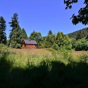 New and Stylish Hidden Country Home on 5 Acres Open Fields Redwoods and Sauna by RedAwning