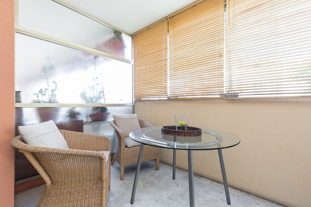 Appartement mercure deals reviews cannes fra wotif for 73 studios inverness terrace