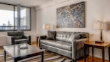 Global Luxury Suites in Downtown Chicago - Chicago Hotels