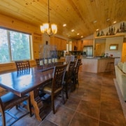 Duck Creek Mt Cabin sleeps 12 by RedAwning