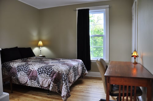 Great Place to stay Moncton Suites - 81 Maple Street near Moncton