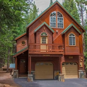 Hansing s Lair 4 Bedroom Holiday Home By Tahoe Truckee