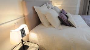 高級寢具、保險箱、書桌、隔音