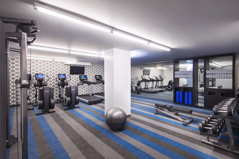 Fitness Facility, Aloft Long Island City - Manhattan View