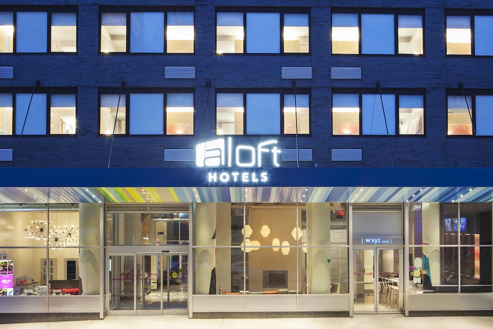 Exterior, Aloft Long Island City - Manhattan View