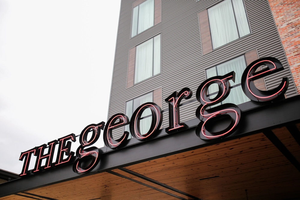 Exterior, The George