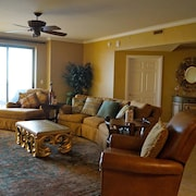 Margate 2002 Morgan's Oceanfront Retreat 4 Bedroom Condo by Prista Management