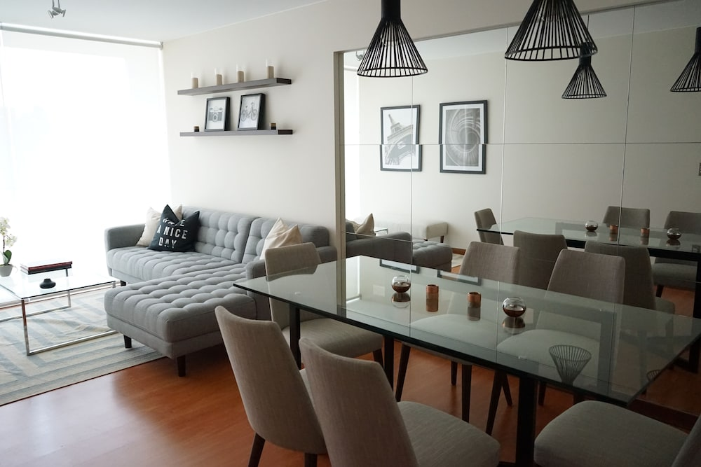 Miraflores Luxury Apartments Del Solar
