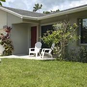 3BR 2BA Ft Lauderdale House by RedAwning