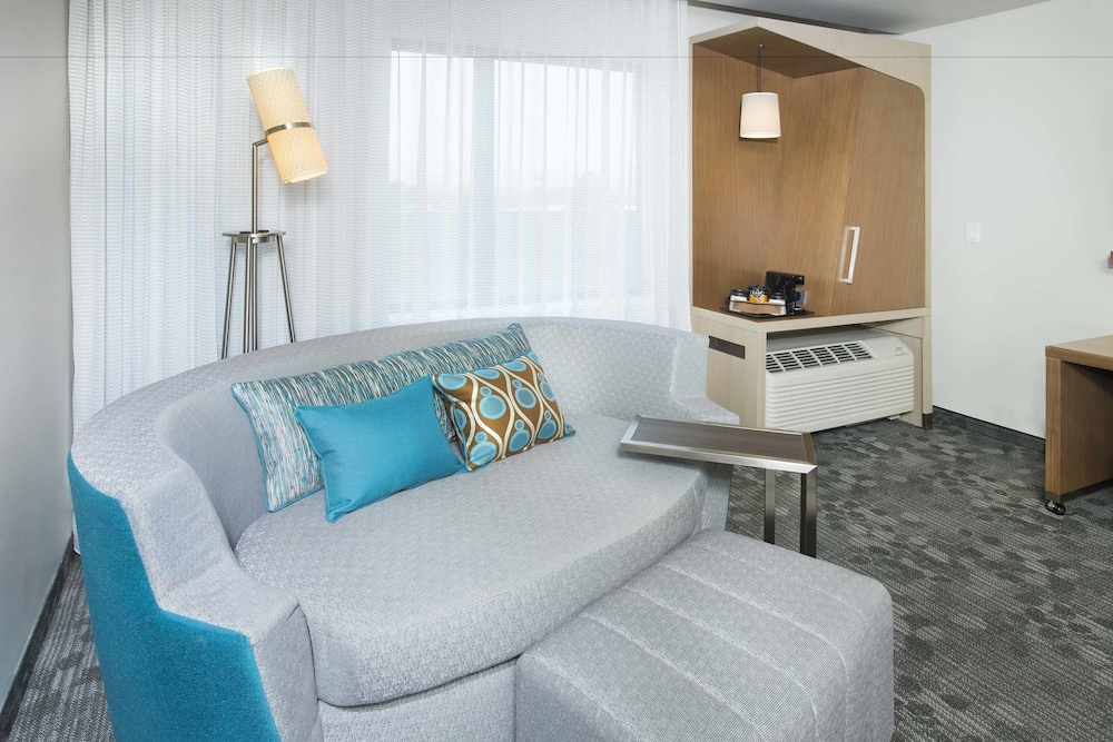 Room, Courtyard by Marriott Redwood City