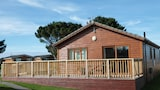 Atlantic Bays Holiday Park - Padstow Hotels
