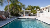 Banana Bay Waterfront Motel - Punta Gorda Hotels